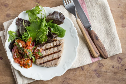 Pan Griddled Tuna with Salsa Roca - The Hedge Combers