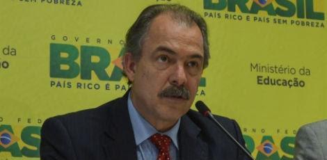 Informação foi passada pelo ministro da Educação, Aloizio Mercadante, nesta quarta-feira (8) / Foto: Marcello Casal Jr./ABr