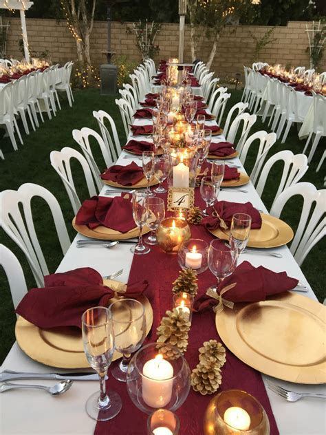 Burgundy Table Runners & Napkins   Wedding Recycle