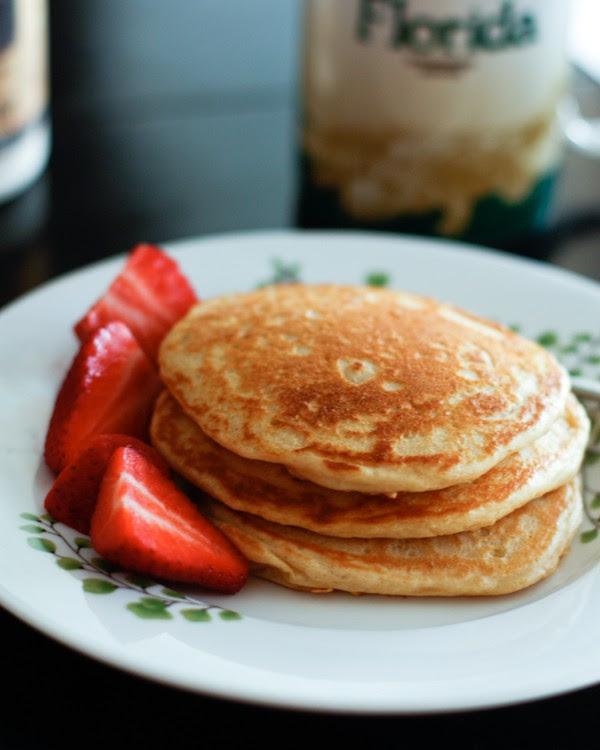 Orange-Vanilla-Greek-Yogurt-Pancakes-Recipe-5
