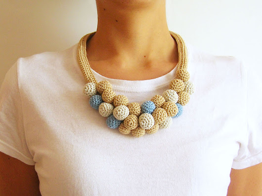Crochet beads' necklace #3/ Collar de cuentas tejidas #3
