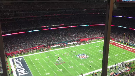 "Paul Dehner Jr. on Twitter: ""Halftime timelapse. The coordination is ridiculous. #SB51 """