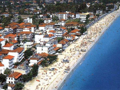 http://www.greek-tourism.com/pieria/images/leptokaria02.jpg
