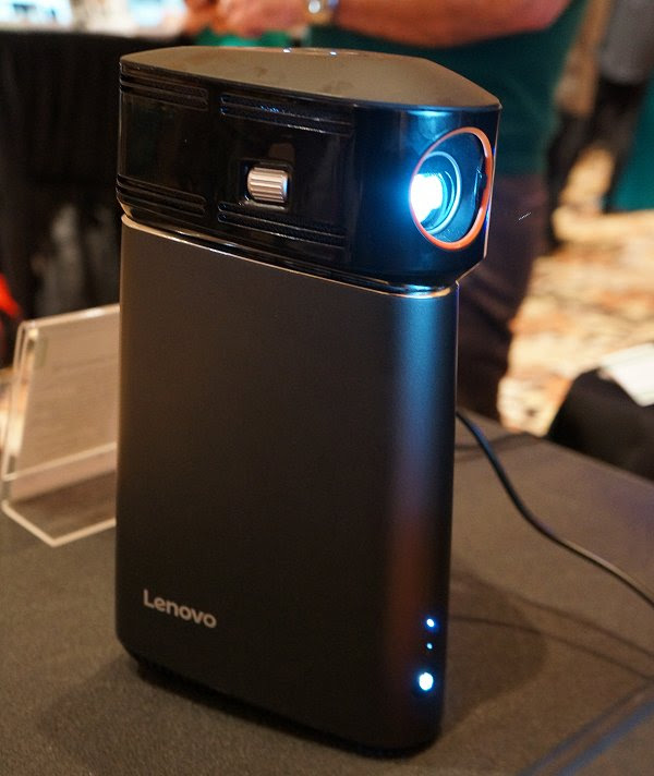Here's the PC and projector in action. She looks a bit like a droid, doesn't she?