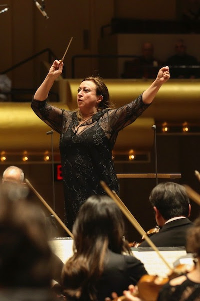 Simone Young conducted the New York Philharmonic in Mahler's Symphony No., 6 Thursday night at David Geffen Hall. Photo: Caitlin Ochs