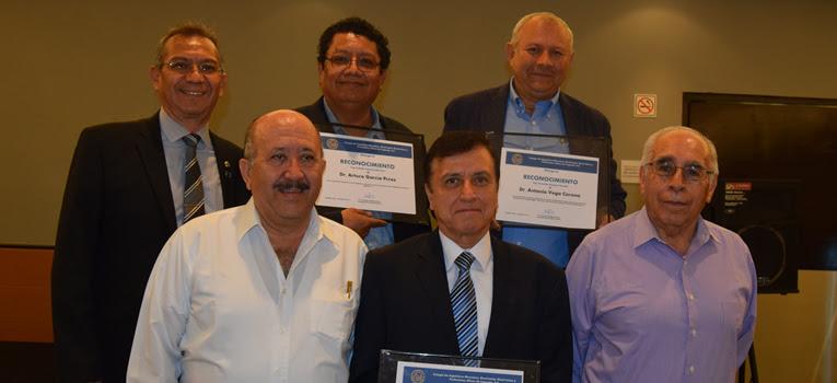 egresados-ug-reciben-reconocimiento-colegio-ingenieros-universidad-guanajuato-ugto