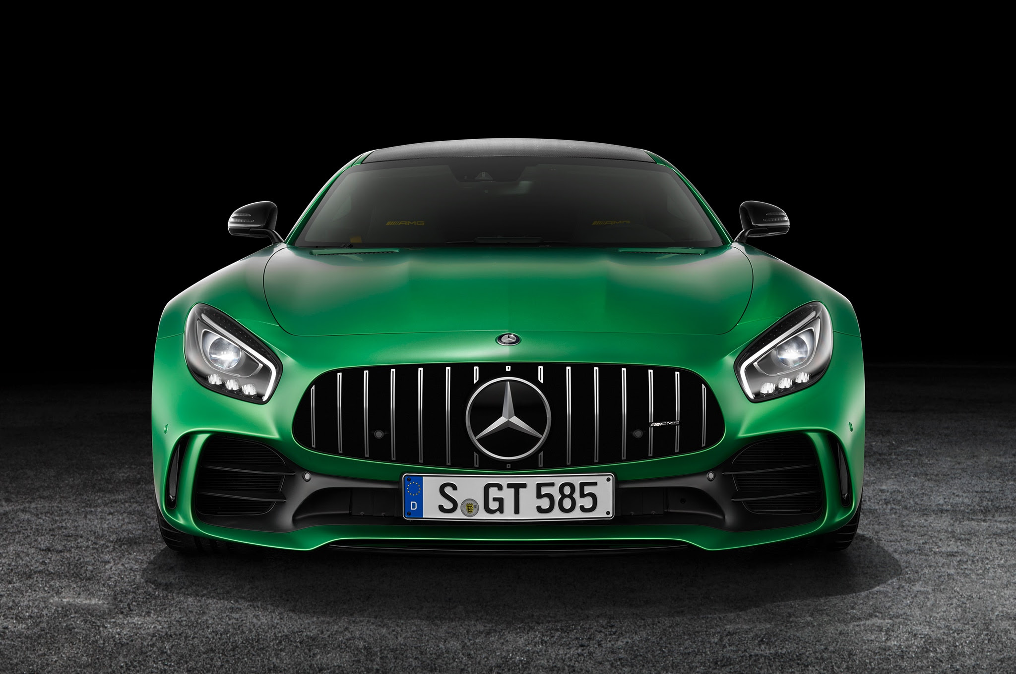 2018 Mercedes-AMG GT R: The Meanest, Greenest Car from ...