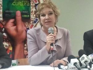 Marta Suplicy, durante divulgação do Vale Cultura em São José dos Campos falou sobre polêmica das biografias (Foto: Débora Carvalho/G1)