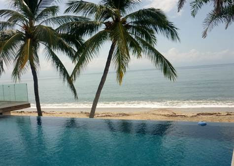 Condo for Sale in Playa de Huanacaxtle, Bucerias, Nayarit $480,000