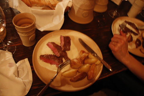 The food in 3 Musketeers restaurant