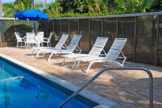Coral Springs Pool Service - Showcasing Your Backyard Pool - Pool Service Boca Raton: Eagle Pool Service is your premier choice!