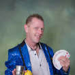 Dallas / Fort Worth Texas magician specializing in birthday parties family events kids show entertainment corporate party