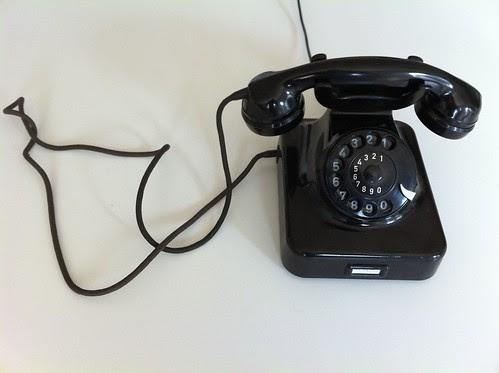 Telefon by Adolf Kluth