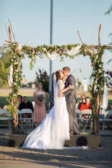 Show me your cheap wedding arches!   Weddingbee