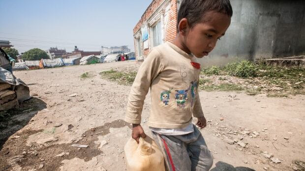 One year after Nepal's devastating earthquake, children and young people remain among the most vulnerable. A quarter of those killed – some 2,000 - were children under 10 years old. And for those who survived, life is still a challenge. Hundreds of thousands of them are homeless.