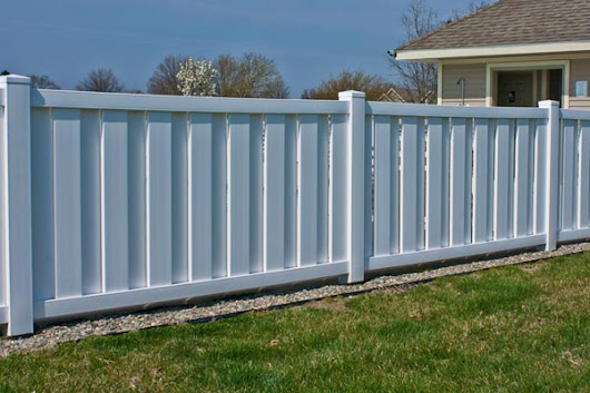 Shadowbox Fence, Wooden Fence, Wood Fence, Vinyl Fence,