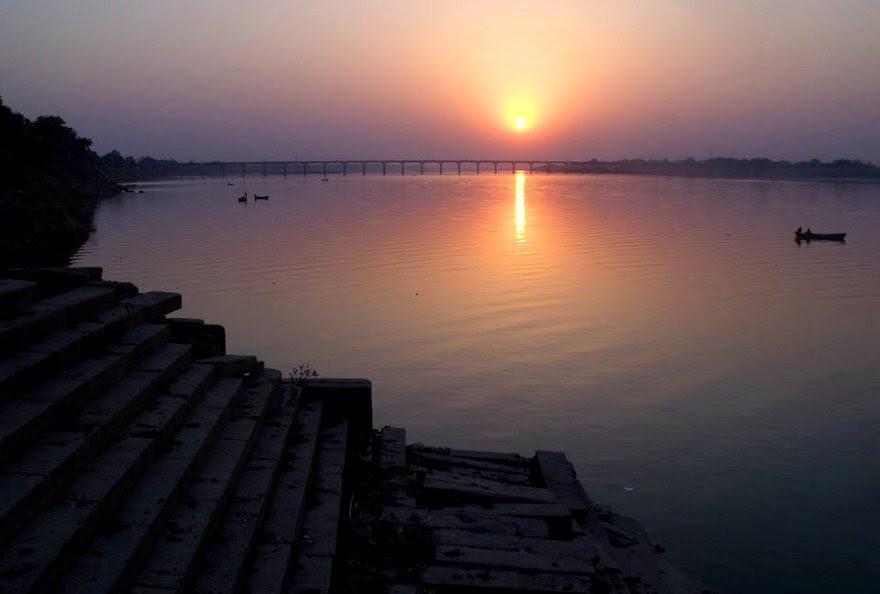 water bhuta