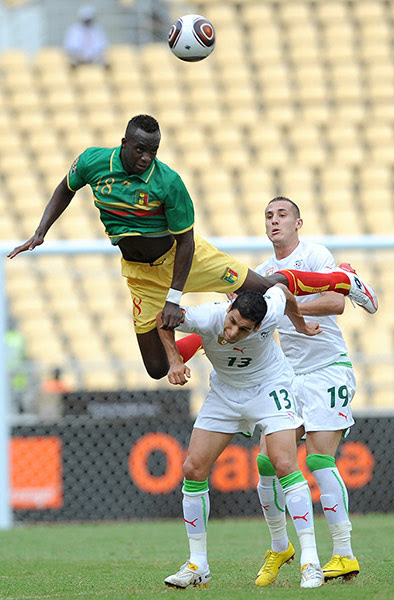 African Nations: Momo Sissoko of Mali dives for a ball