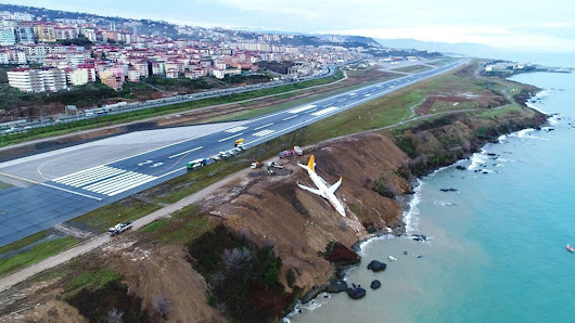 Lucky escape for Pegasus passengers as plane lands on cliff edge – T-VINE