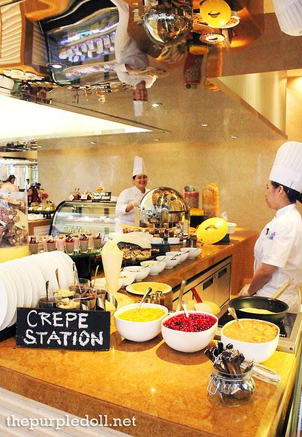 Dessert - Crepe Station