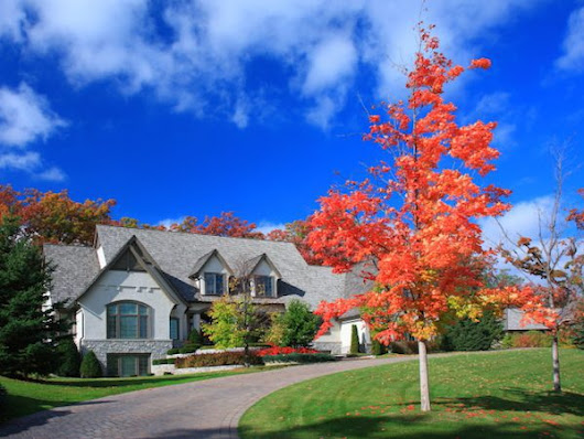 3 Tips to Sell Your House in the Fall | Realtor.com®