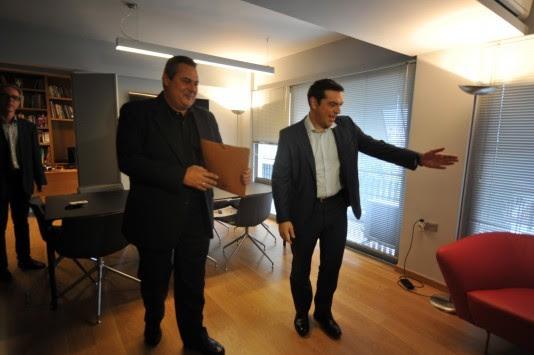 Ραγδαίες εξελίξεις! Αμετακίνητος ο Τσίπρας στο τελεσίγραφο Καμμένου για τον Μουζάλα - Υπουργοί προσπαθούν να πείσουν τον πρόεδρο των ΑΝ.ΕΛ