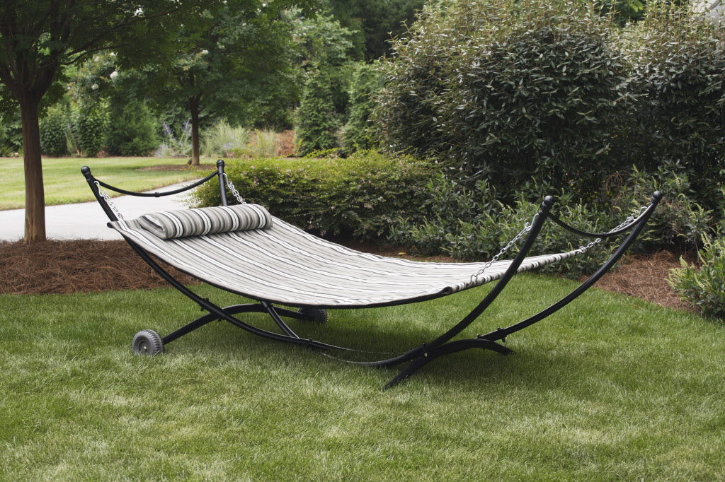 outdoor hammock with stand | http://lomets.com