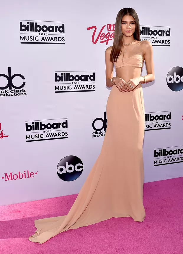 Zendaya no Billboard Music Awards (Foto: AFP)