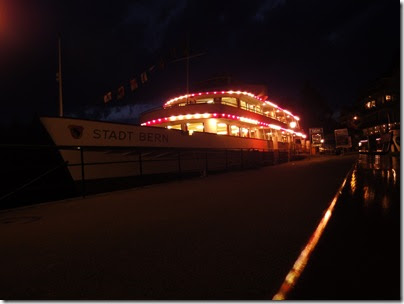 Es wird Nacht auf der Stadt Bern in der Stadt Thun