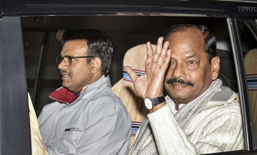 Outgoing Jharkhand Chief Minister Raghubar Das comes out after tendering his resignation to Jharkhand Governor Draupadi Murmu. PTI