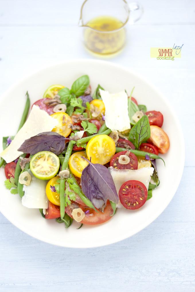 insalata di pomodori e salsa di acciughe