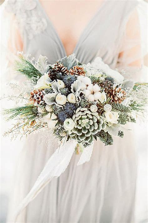The Best Flowers For Winter Weddings   Weddingbells