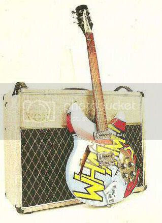 Paul Weller Rickenbacker 330