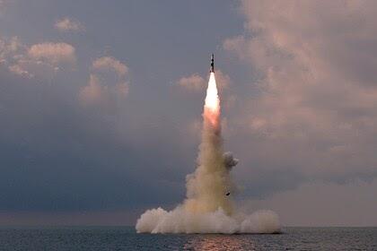 Северная Корея подтвердила запуск новой баллистической ракеты с подводной лодки
