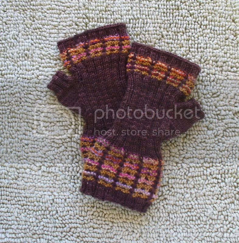Mad About Plaid Mitts