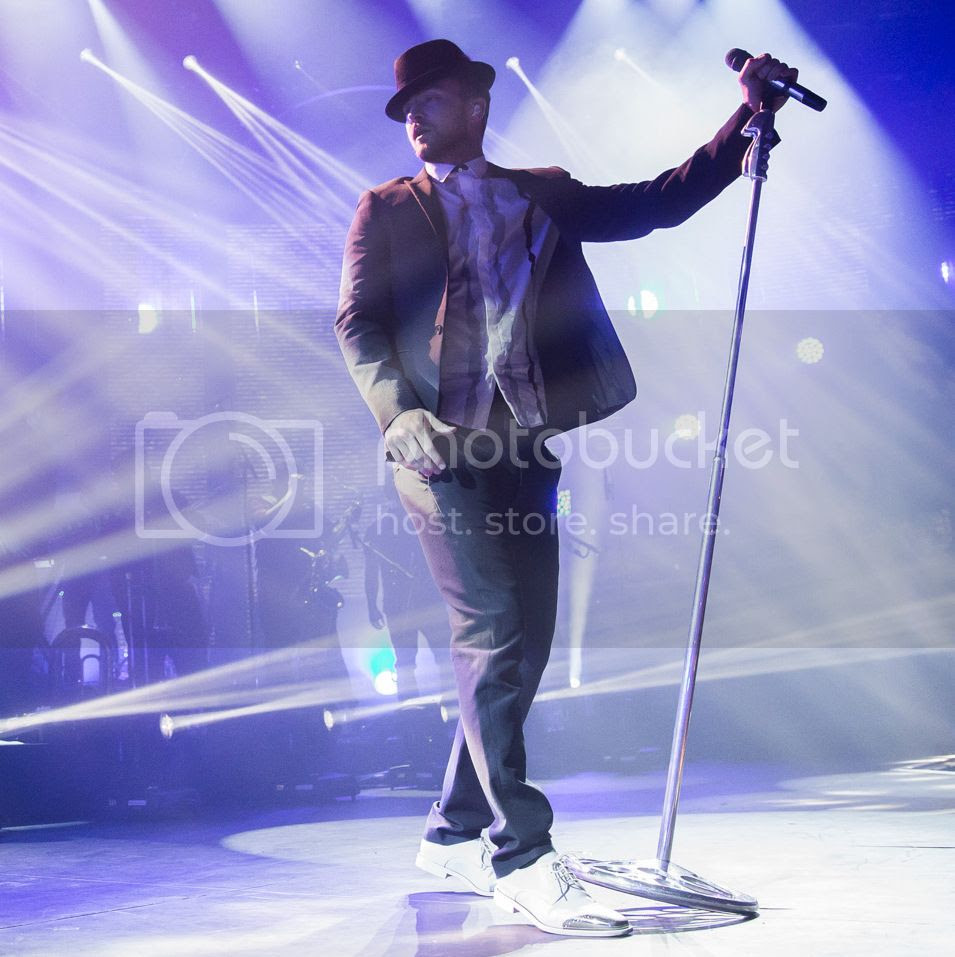 Full concert: Justin Timberlake performs at iTunes festival as well as 'Ellen' & Chatty Man...