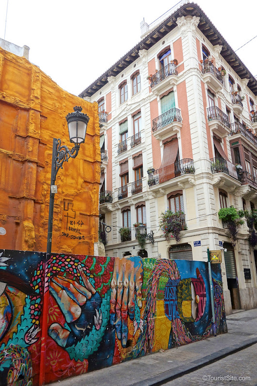 The Vibrant Street Art of Valencia, Spain - TouristSite
