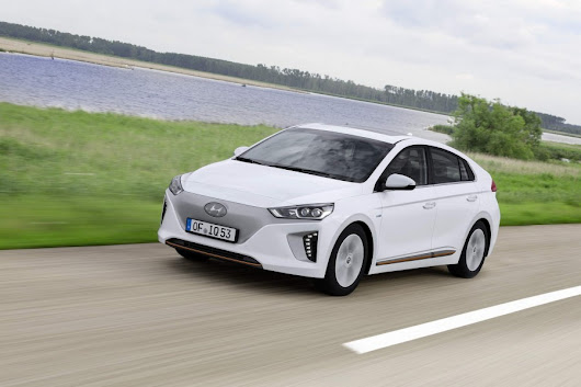 Hyundai Ioniq new car review by CompleteCar.ie