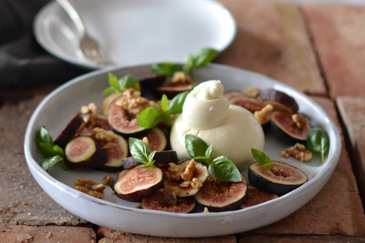 Figs with Burrata and Extra Virgin Olive Oil