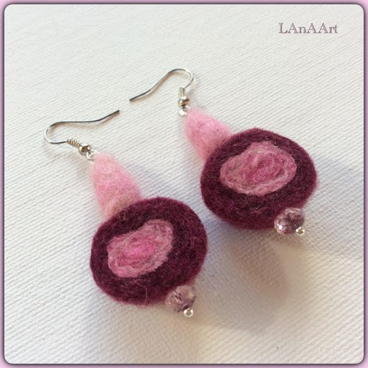 Earrings  felt earrings  silver hooks pink violet  merino