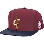 Mitchell & Ness Men's XL Logo Cleveland Cavaliers Snapback Hat
