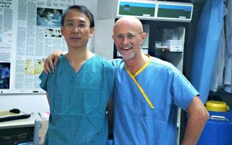 Dr Xiaoping Ren and Professor Sergio Canavero
