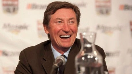 Wayne Gretzky offers opinion on Connor McDavid