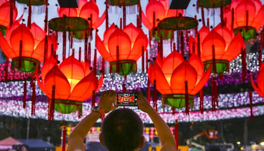 What is Mid-Autumn Festival all about? Chinese legends, lanterns, and mooncake mountains in Hong Kong explained | South China Morning Post