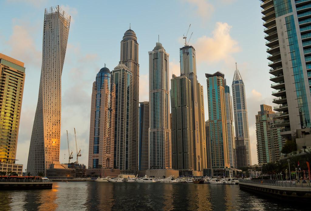 Dawn in Dubai