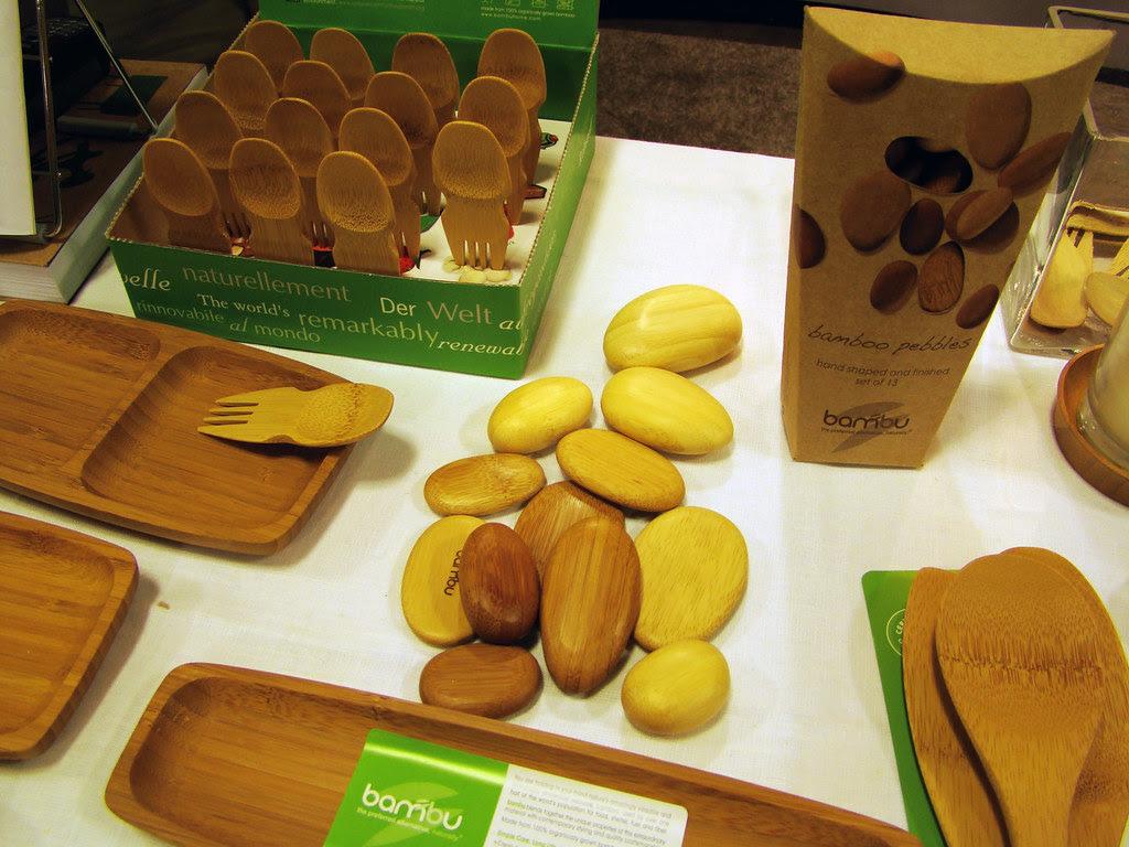 DSC04373 bambu sporks, trays, and pebbles