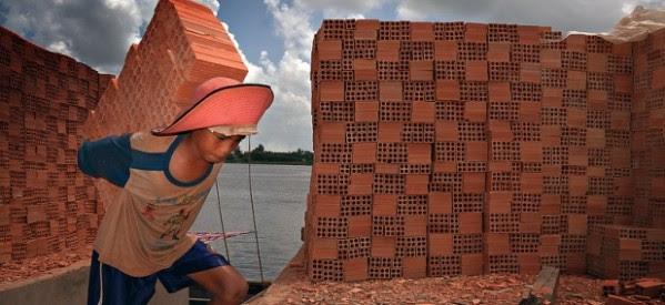 Hay casi 50 millones de esclavos modernos: el 60% de ellos está en Asia