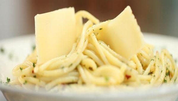 """""""Spaghetti Aglio e Oli"""""""