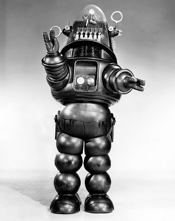 http://images1.wikia.nocookie.net/__cb20120426170211/monstermovies/images/9/90/Forbidden-planet-robby.jpg