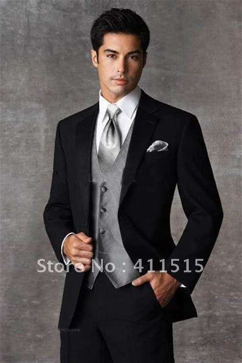black and silver tux groom   yes!   Random wedding ideas